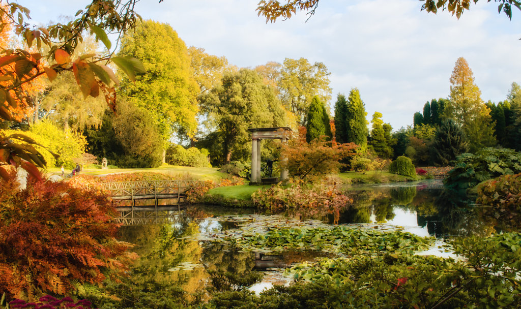 Cholmondeley Temple Water Garden